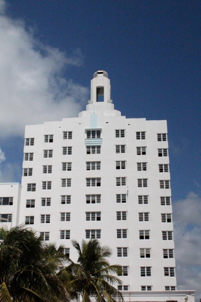 Versailles Hotel Miami Beach