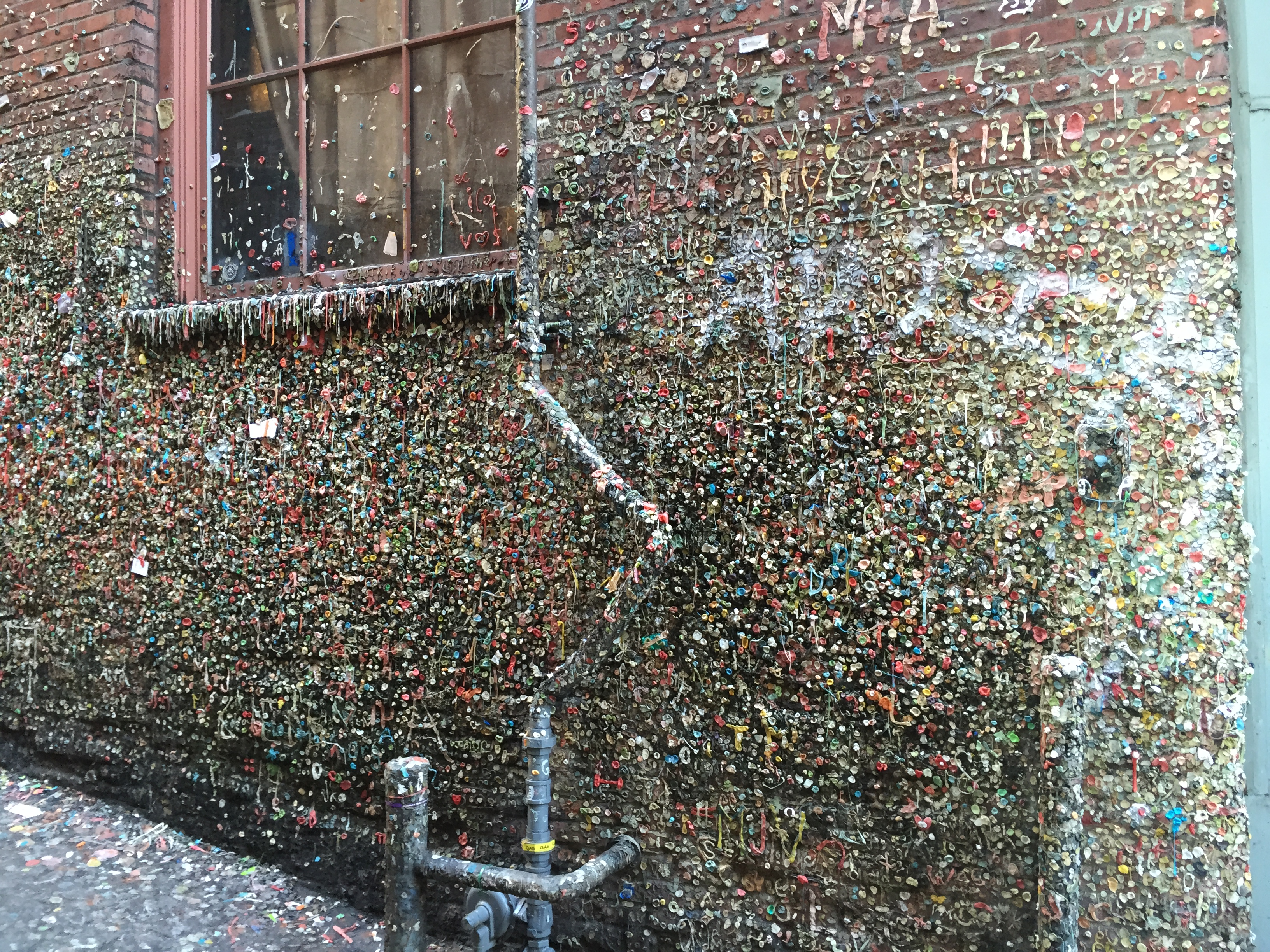 The famous gum wall